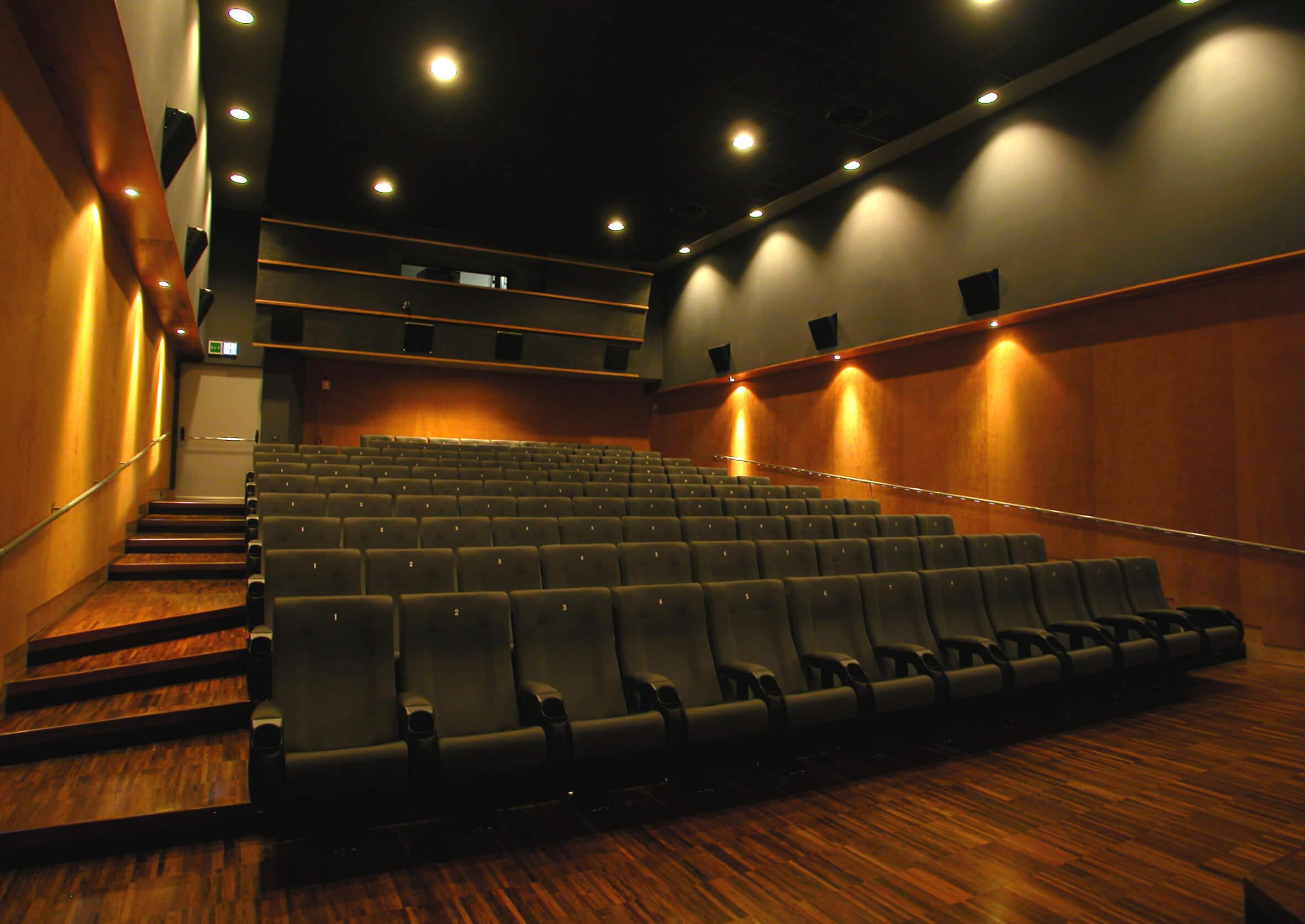 sala cinema tappezzeria d'arredamento Acilia Roma